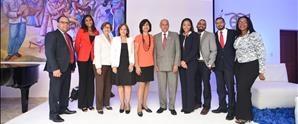 UNAPEC realiza encuentro con Egresados de Negocios Internacionales