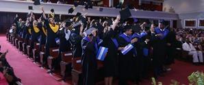 Colegio APEC Fernando Arturo de Meriño (CAFAM) graduó 98 Bachilleres