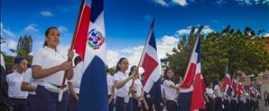 Colegio APEC Fernando Arturo de Meriño rinde honor a la Patria con Desfile Estudiantil