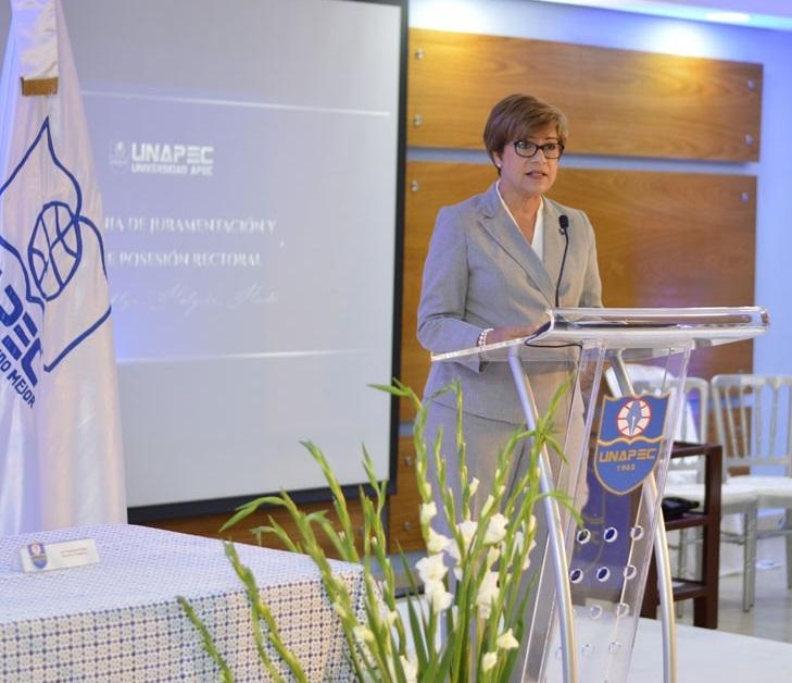María Isabel Sánchez, Maestra de Ceremonia.