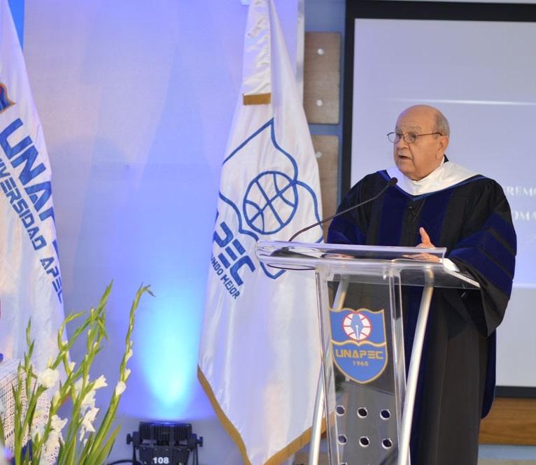 Doctor Franklyn Holguín Haché, Rector de UNAPEC.