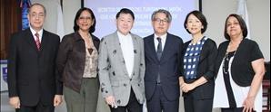 Conferencista internacional comparte en UNAPEC el Secreto del éxito para superar los 20 millones de turistas en RD