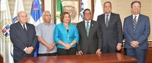 UNAPEC firma acuerdo permitirá a estudiantes de término realizar pasantías en la Cámara de Diputados