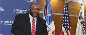 Ministro Consejero interino de la Embajada de Estados Unidos en RD dicta conferencia en conmemoración Mes de la Historia Afroestadounidense en UNAPEC