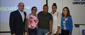 Educación financiera para jóvenes universitarios en UNAPEC