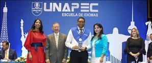 Escuela de Idiomas de UNAPEC gradúa 346 estudiantes