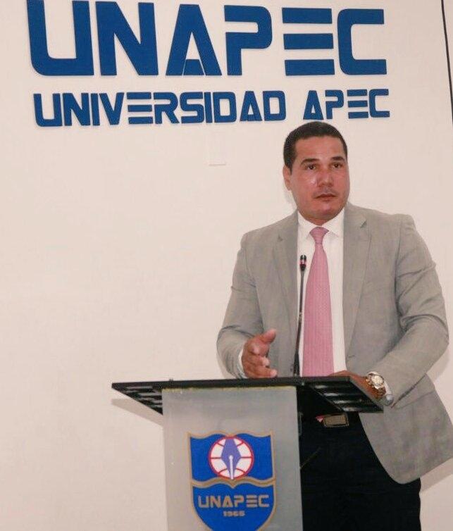 Ricardo Valdez, coordinador de la Especialidad en Matemáticas.