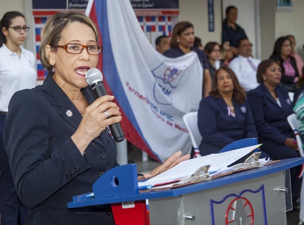 Directora del CAFAM, licenciada Fanny Torres.