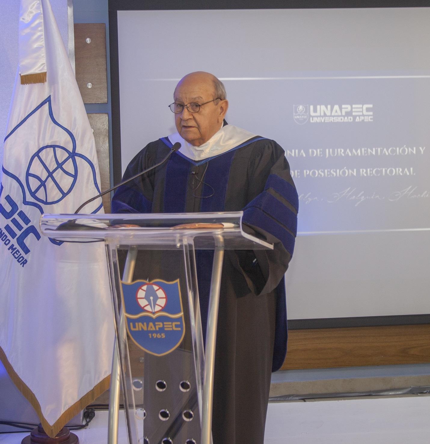 Doctor Franklyn Holguín Haché.