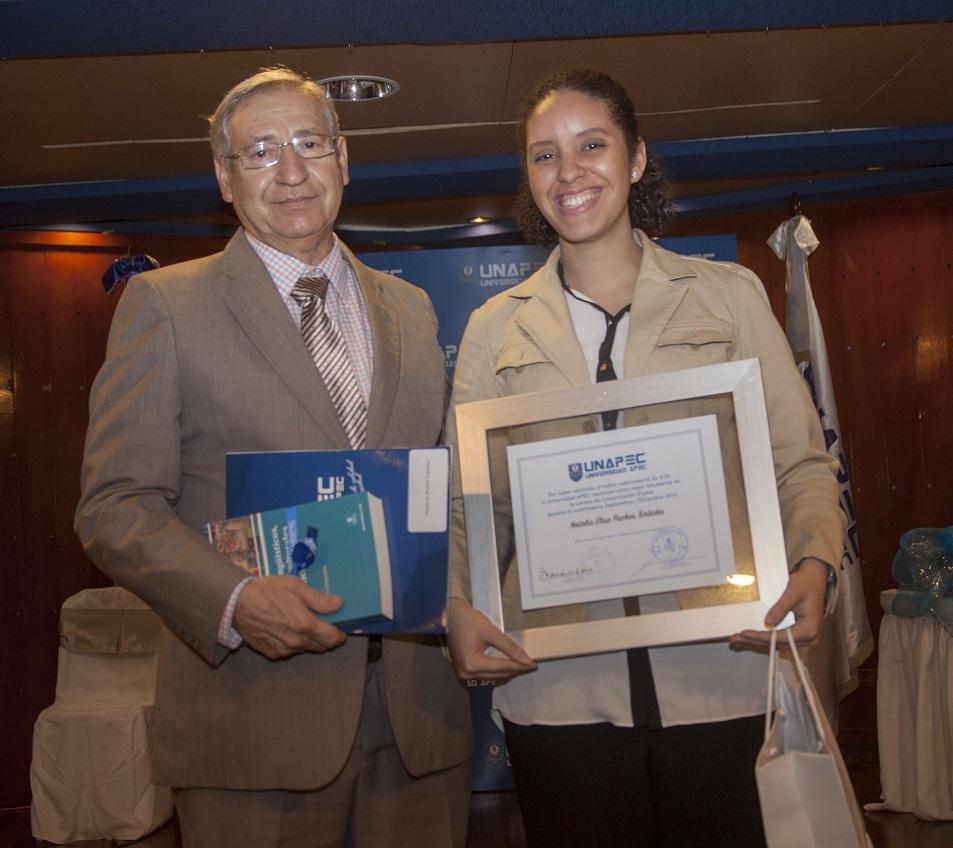 Natalia Elisa Pucheu Turbide, Licenciatura en Comunicación Digital.