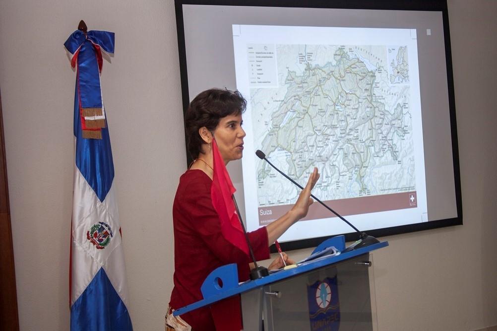 Miguelina Espinal, Encargada de Asuntos Diplomáticos y Culturales de la Embajada de Suiza en la República Dominicana.