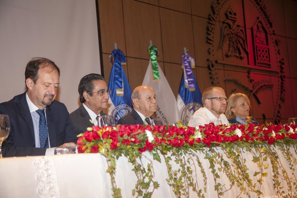 Rector de la Universidad APEC (UNAPEC), doctor Franklyn Holguín Haché, formó parte de la Mesa de Honor.
