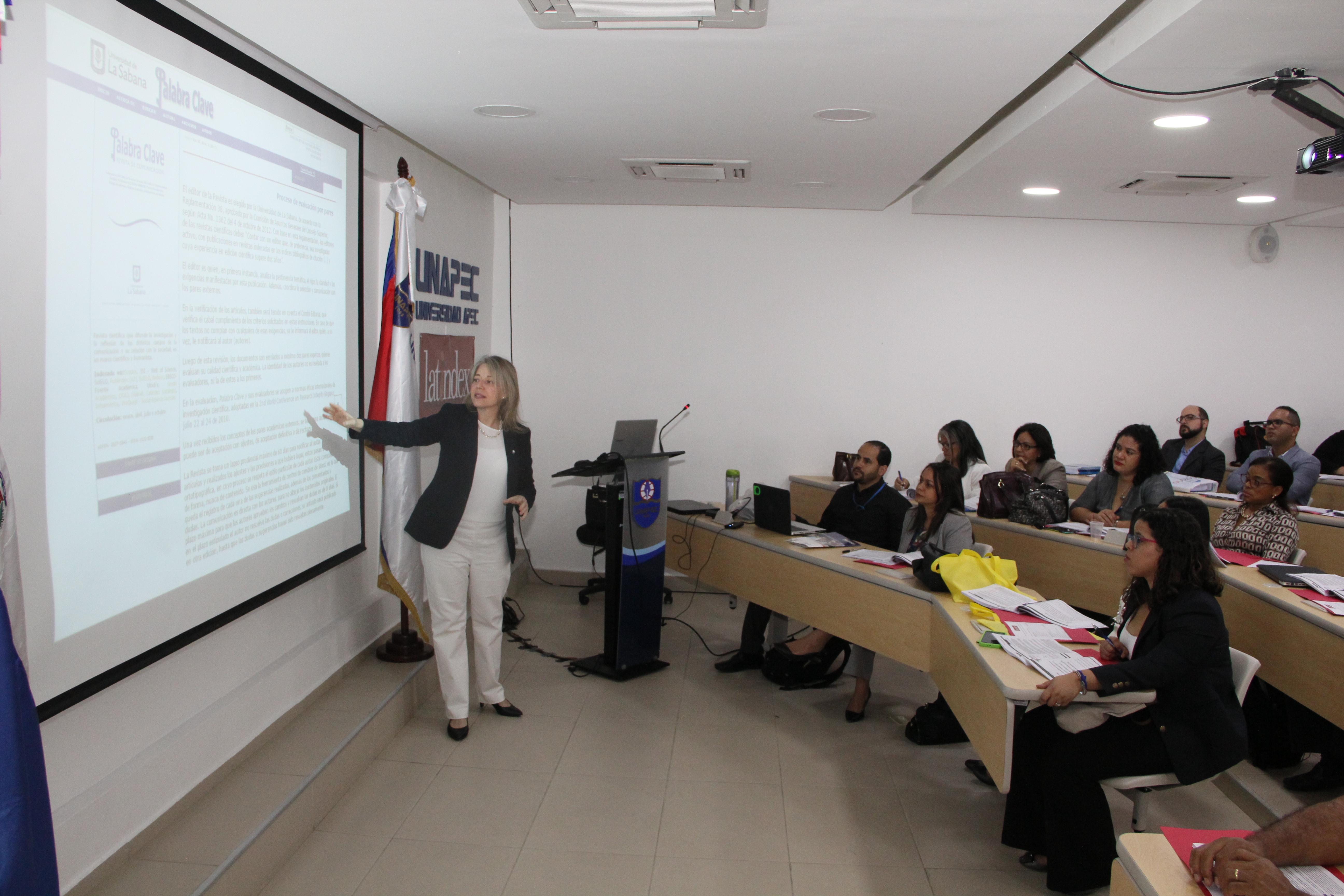 Taller Latindex en UNAPEC: Promoviendo la calidad de las revistas científicas dominicanas
