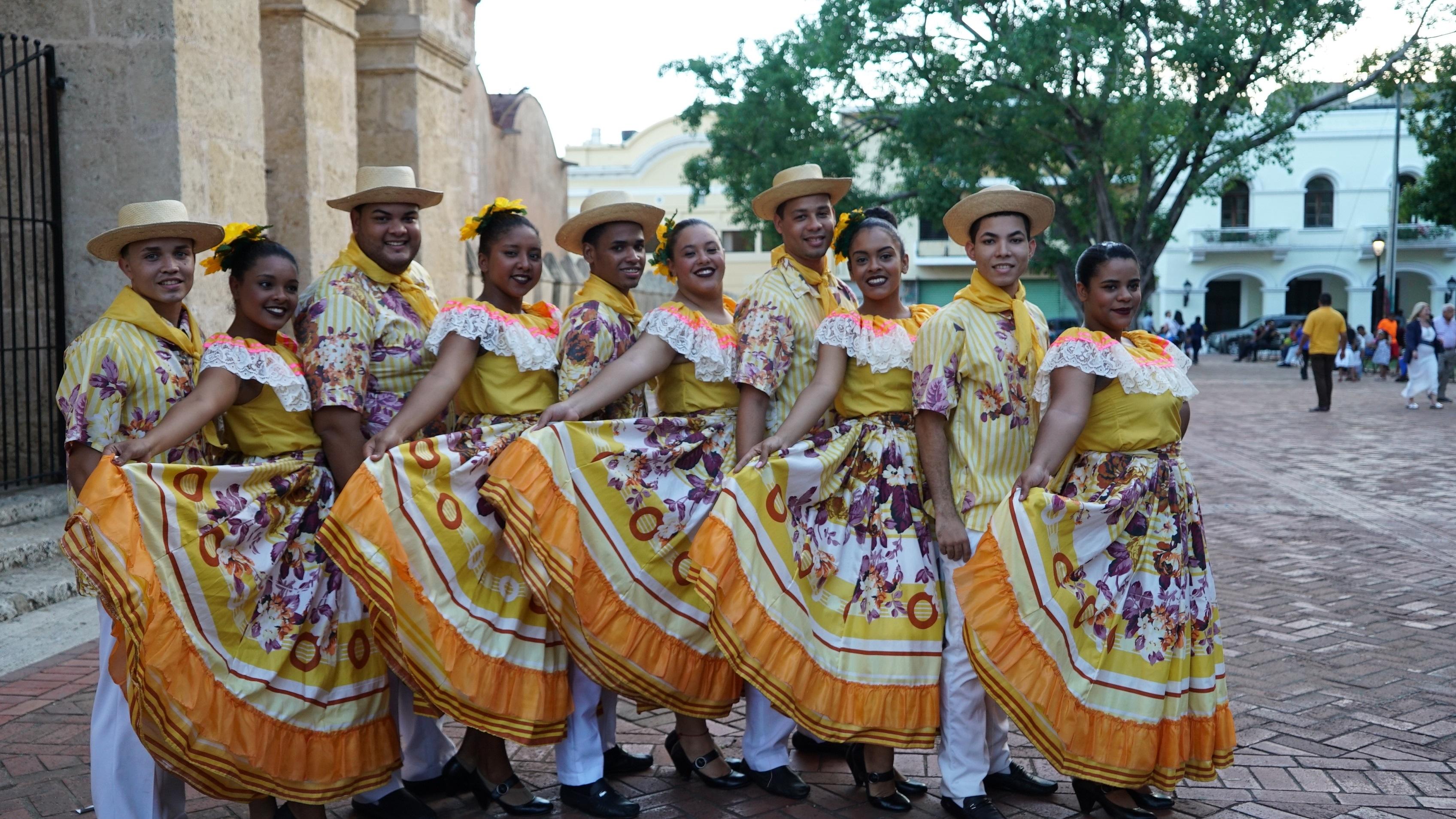 Grupos de Música y Folklore de UNAPEC participan en Fiesta de la Música 2017