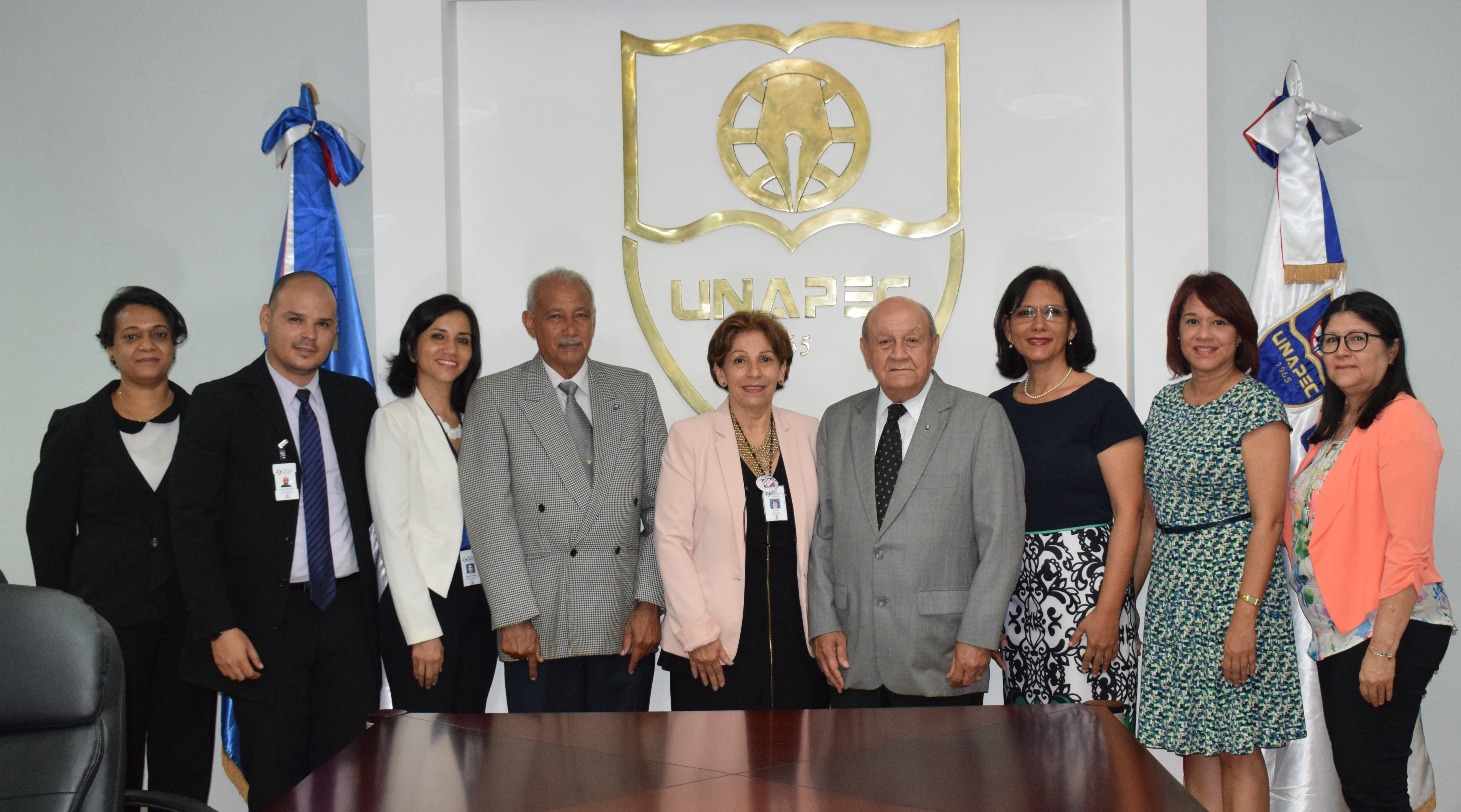 UNAPEC firma acuerdo de colaboración con el Instituto de Capacitación Dominicano