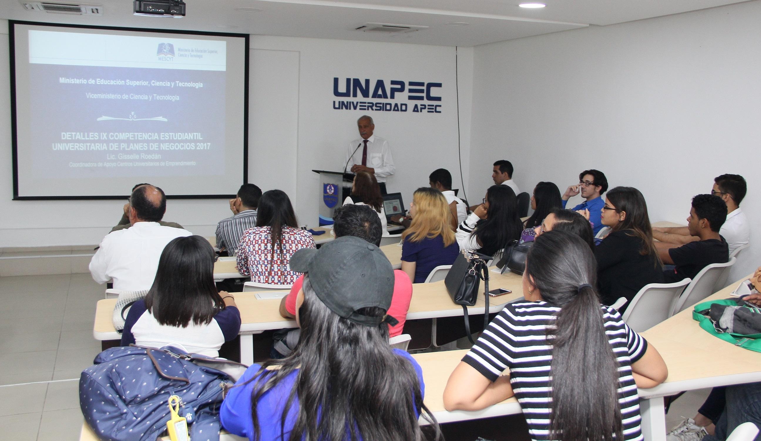 Charla informativa sobre la 9na Competencia Estudiantil Universitaria de Planes de Negocios 2017