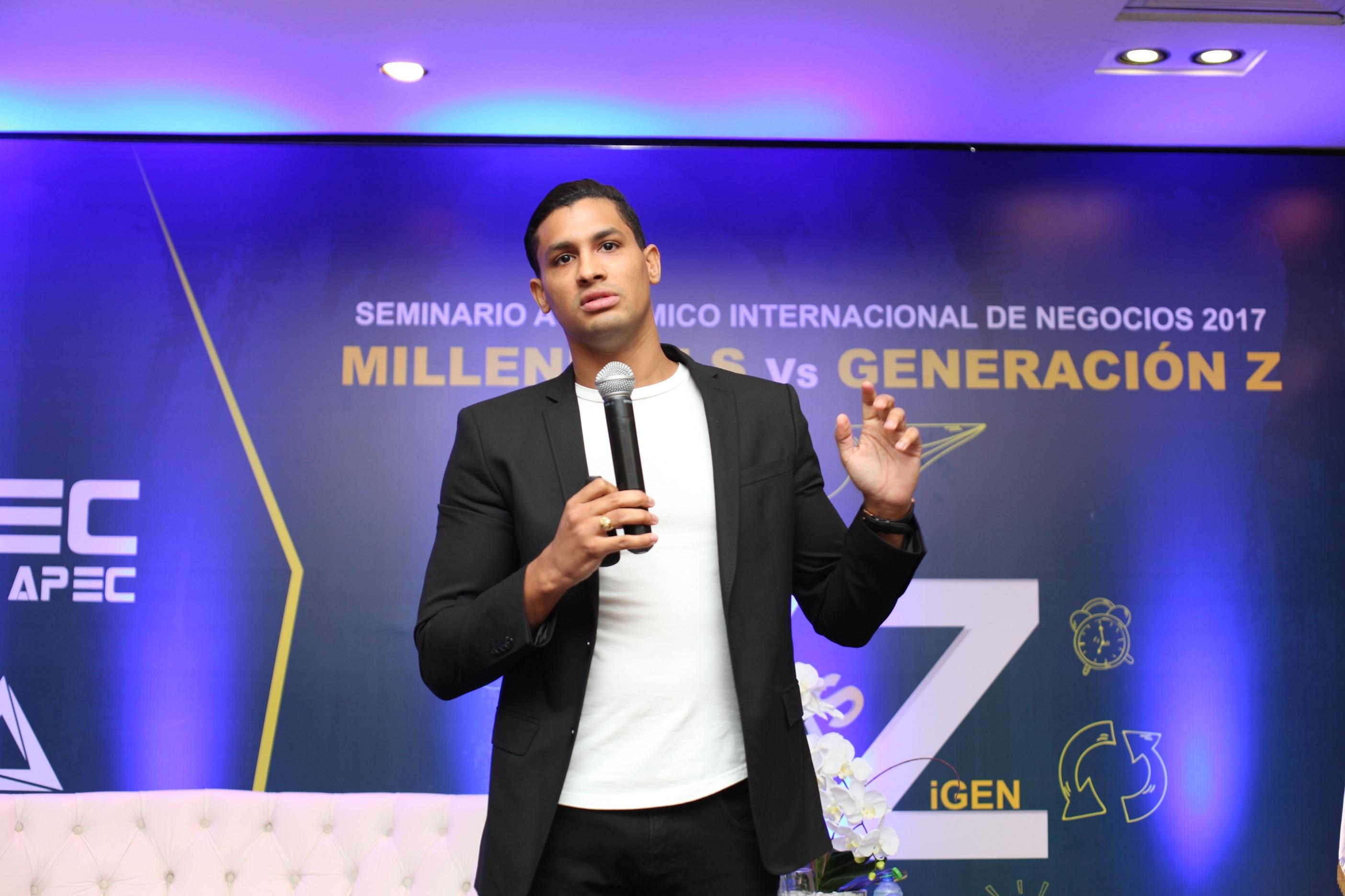 Winston Cordero, co-fundador de Refill Dominicana y Tanibol TV.