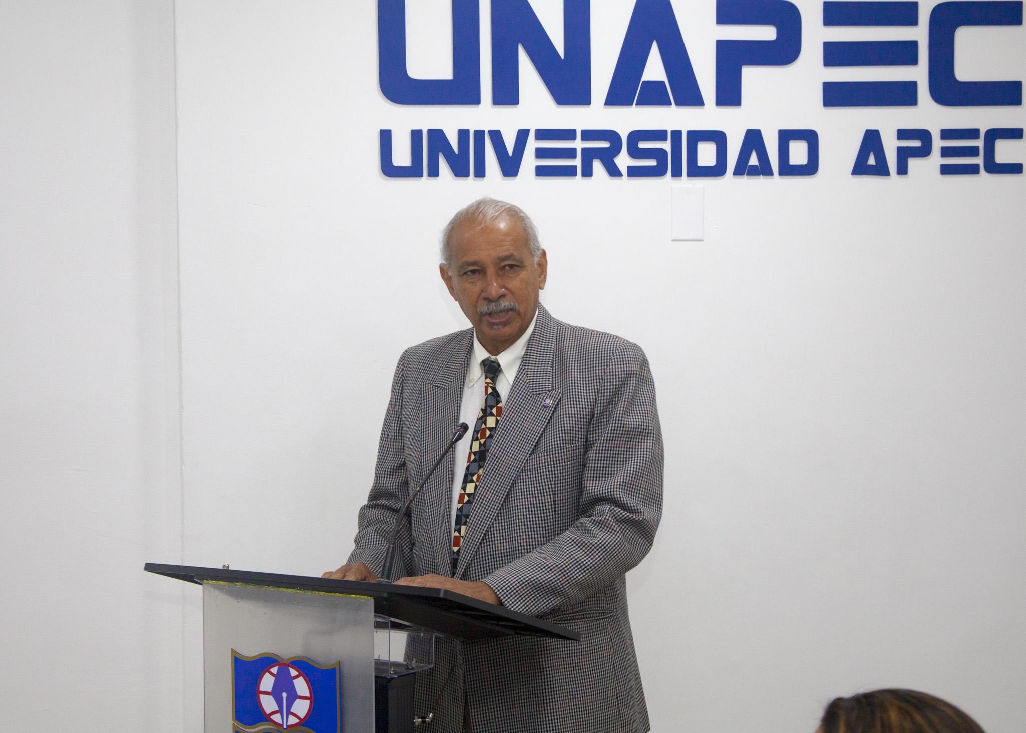 Francisco D Oleo, Vicerrector de Investigación, Innovación y Desarrollo Estratégico.